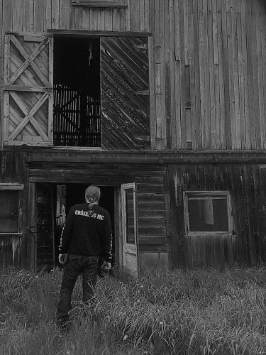 0086af Kelwins fars ladugård A