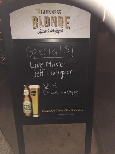0451aa Liveband pub Seal Beach